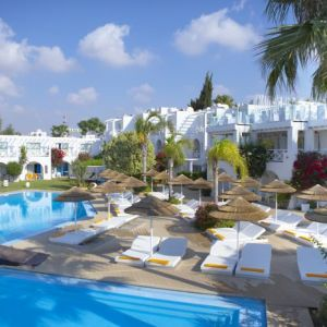 Hotel so nice boutique suites recenze ayia napa agia for Boutique nice hotels